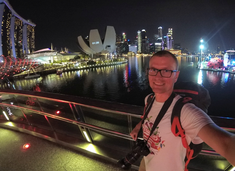 Singapur nocą jest jeszcze piękniejszy!
